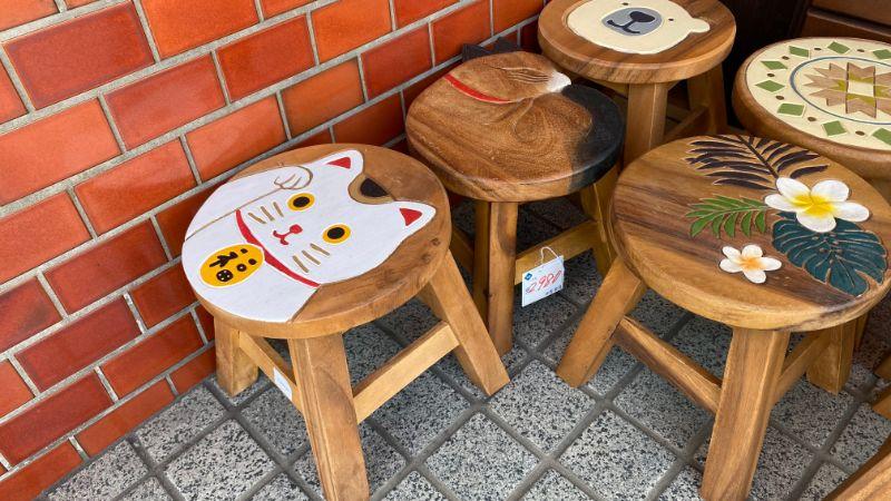 福猫の椅子