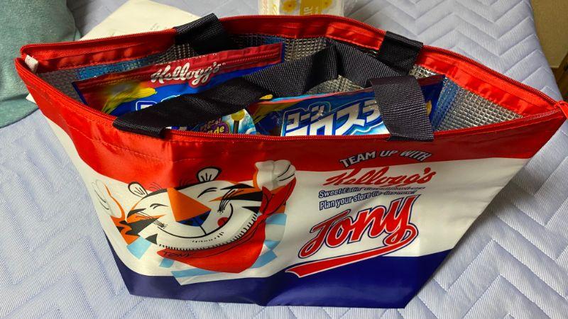トニー・ザ・タイガーのBIG保冷バッグ